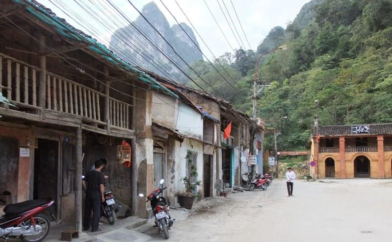 Check in ở phố Cổ Đồng Văn