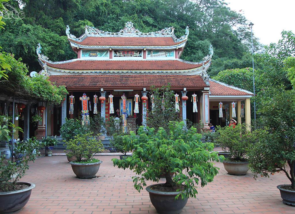 Đền thờ Trương Hán Siêu Ninh Bình