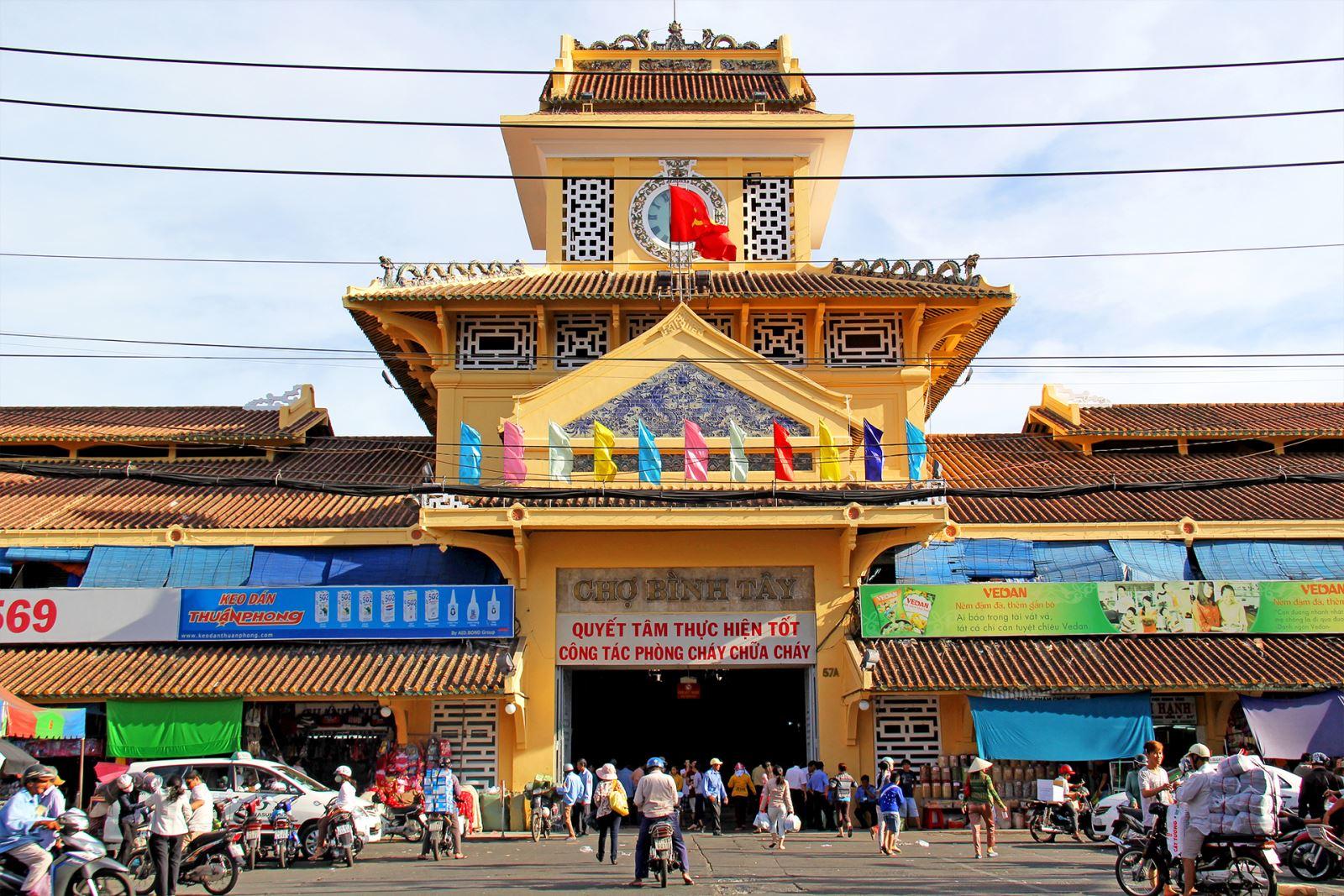 Chợ Bình Tây Sài Gòn