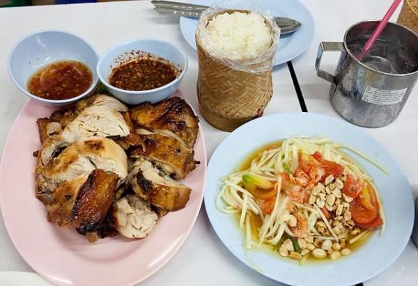 đi du lịch thái lan nên ăn gì Kai yang